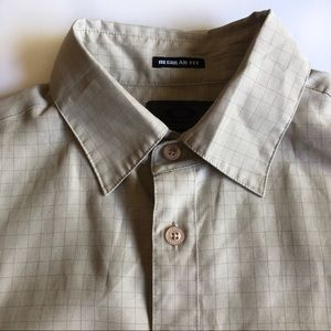 Oakley Men's Shirt Small Short Sleeve Button Front